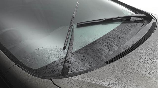 Cara Mudah Merawat Wiper dan Karet Jendela Mobil