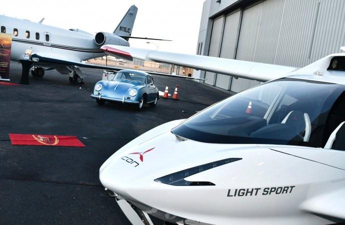 Koleksi Jet Pribadi dan Mobil Klasik di Arizona Auction Week