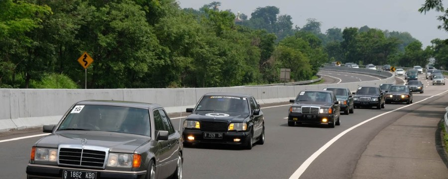 Highlight 'Touring Nostalgia' W124 MBCI Jakarta Chapter