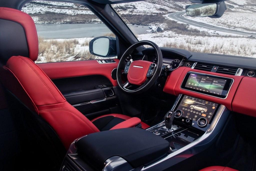 Range Rover Sport HST, 'Mild-Hybrid' Pertama Jaguar Land Rover