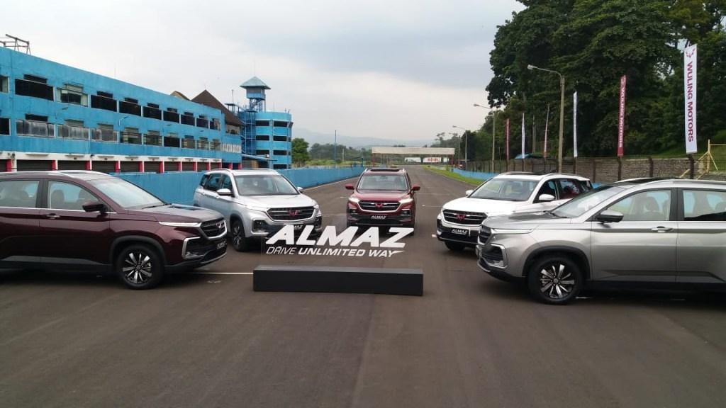 Penjualan Wuling Almaz Maret 2019 Melesat Pimpin Pasar!