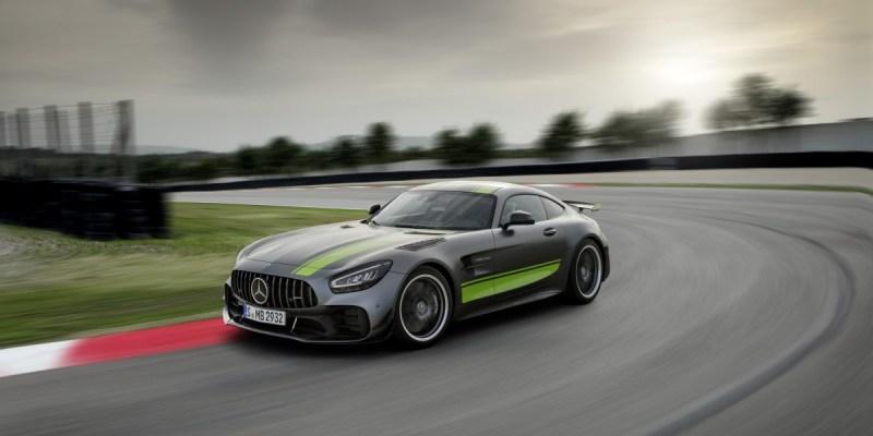 New Mercedes-AMG GT R PRO Hanya Rp 3 Miliar