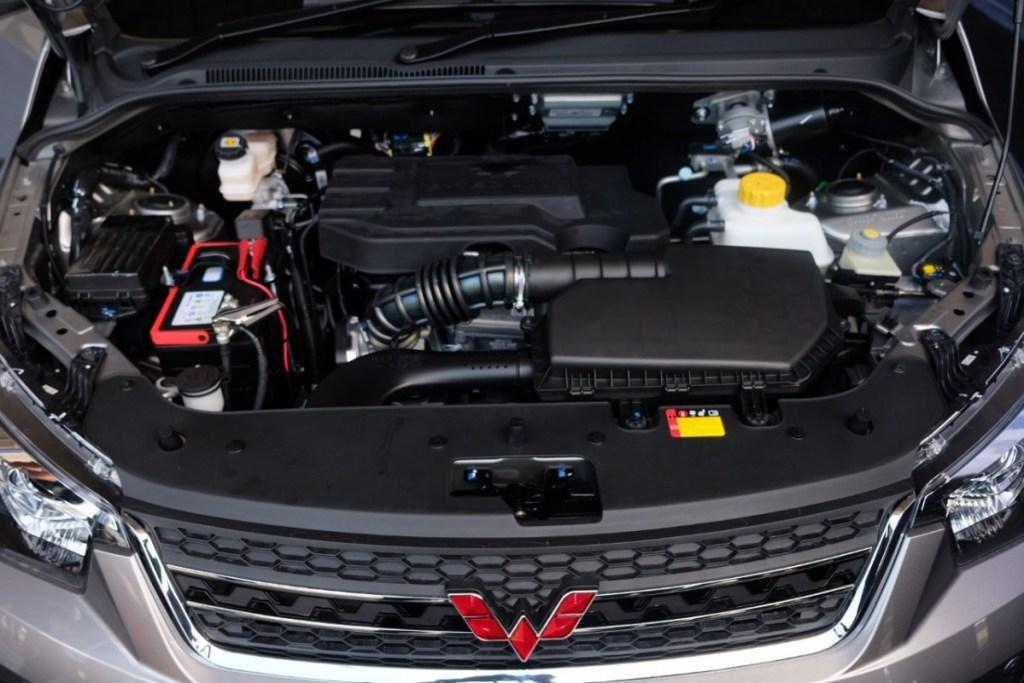 Berkendara Mobil Manual Tanpa Ribet Dengan Confero S ACT