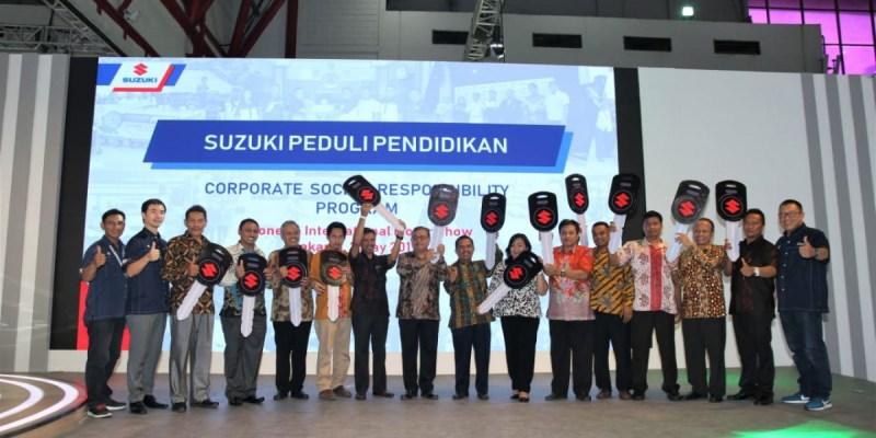 13 Unit Mobil untuk Suzuki Peduli Pendidikan