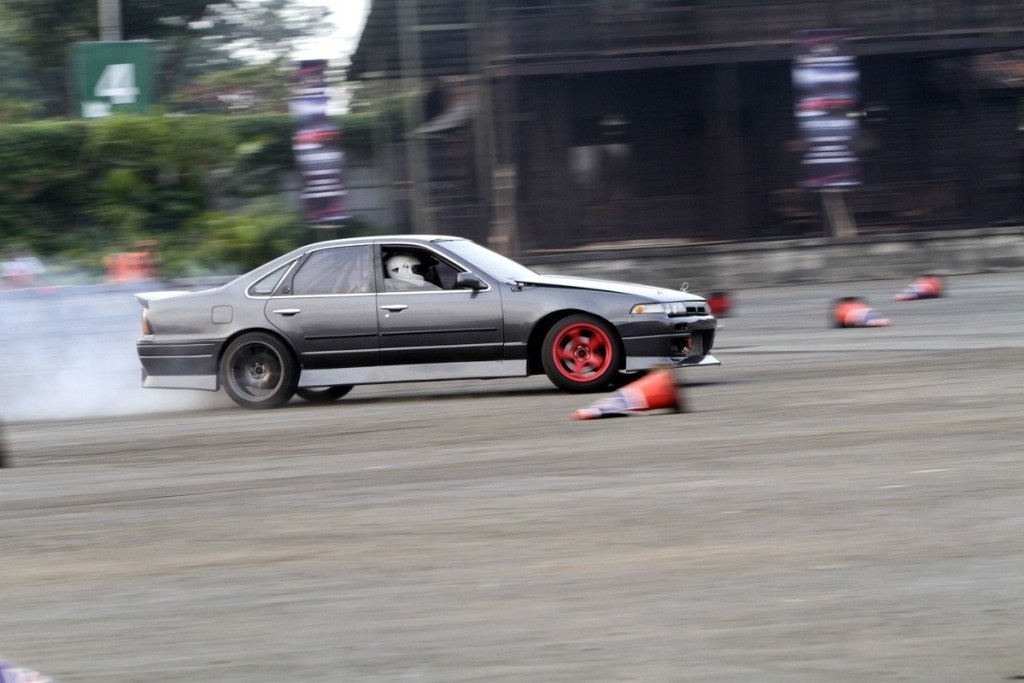 Ngabuburit Sambil Ngedrift Bareng Indonesia Drift Community