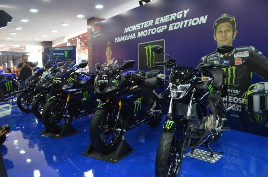 5 Motor Yamaha Berseragam Monster Energy MotoGP 2019