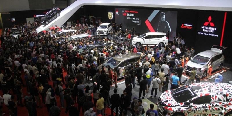 Mitsubishi Terbitkan 3.104 Lembar SPK di IIMS 2019