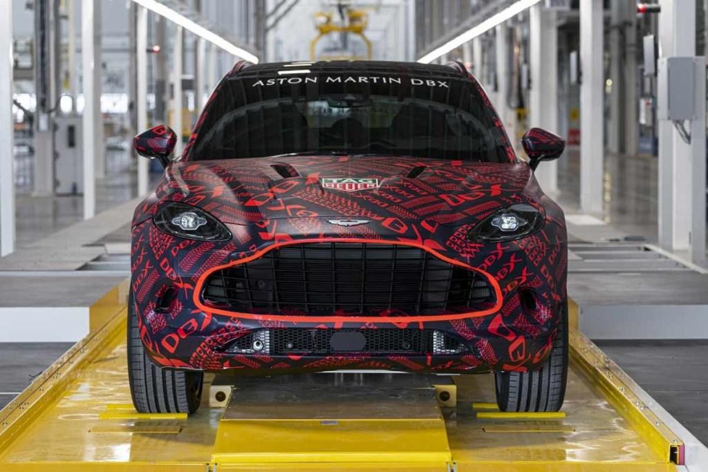 Aston Martin Lagonda Siap Produksi DBX di St Athan