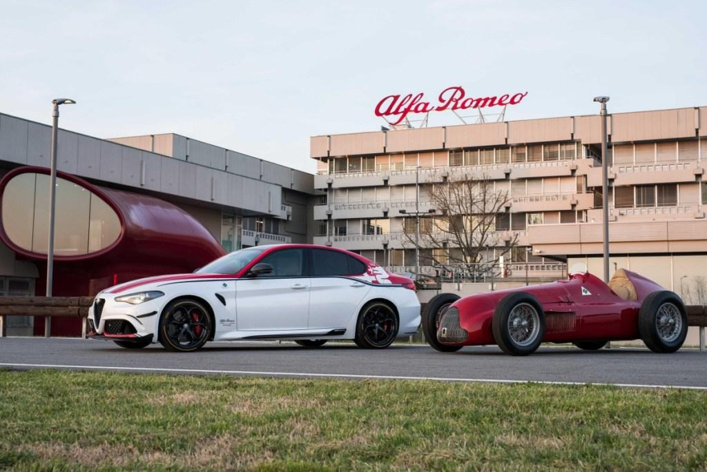 "Alfa Romeo GP Tipo 159 ""Alfetta"" Pimpin Parade F1 Inggris 2019"