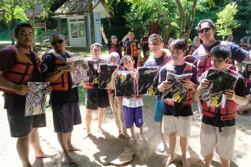 Momen Halal Bihalal MB W211 CI ke Pangandaran