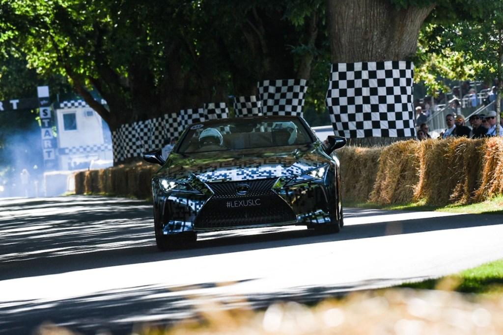Lexus LC Convertible Sudah Buka Pesanan di Goodwood 2019