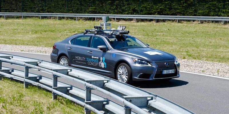 Toyota Uji Teknologi Automatic Driving di Jalanan Brussel