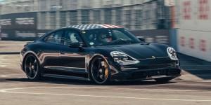Aksi Porsche Taycan Jelang Diluncurkan
