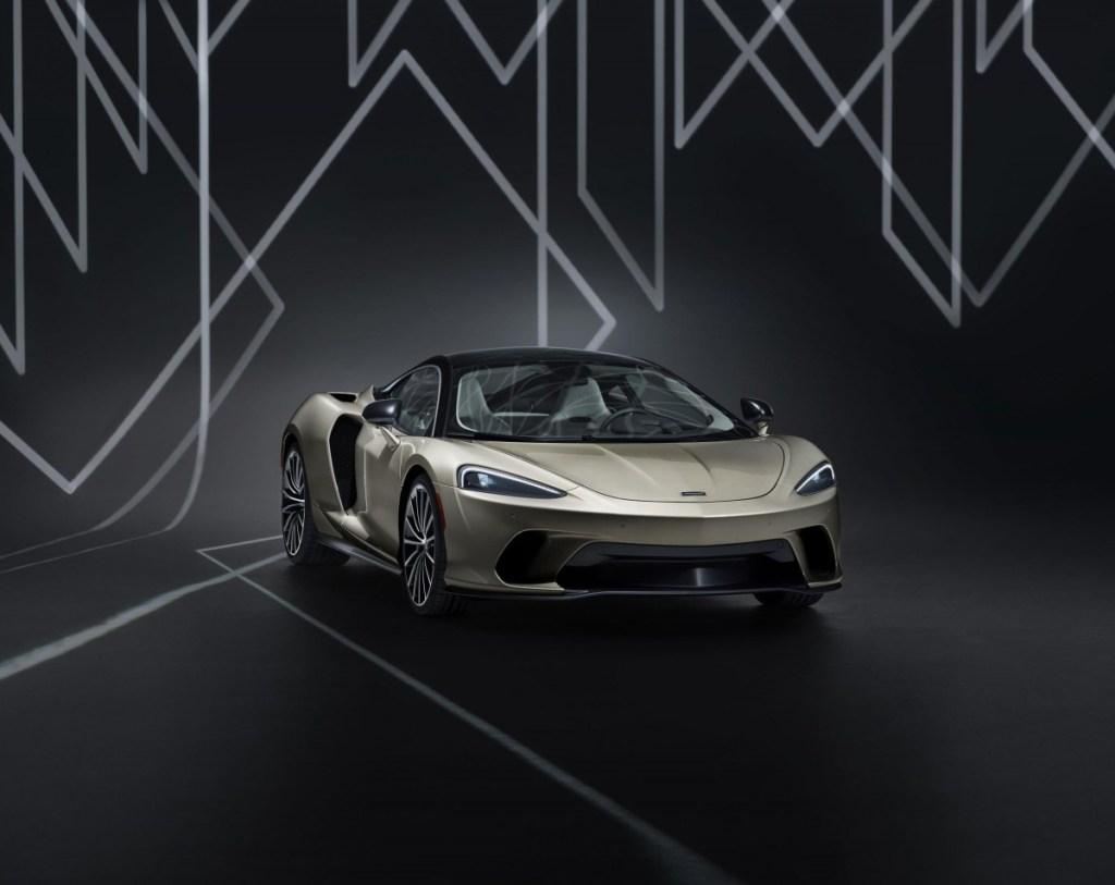 McLaren GT by MSO Paling Anyar Nongol di Pebble Beach
