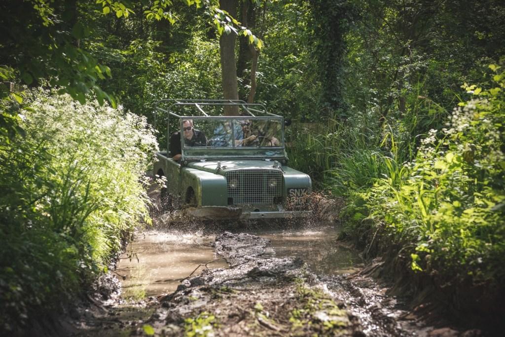 Land Rover Classic Bangkitkan Kenangan Amsterdam Motor Show 1948