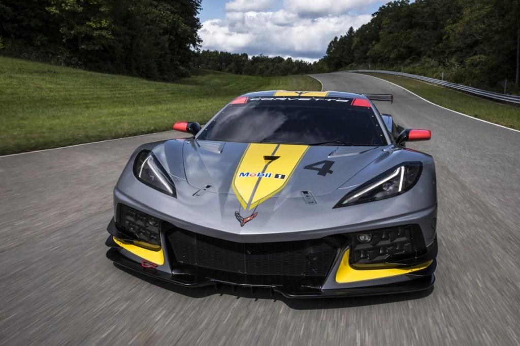 Penasaran Chevrolet Corvette Stingray Versi Balap?