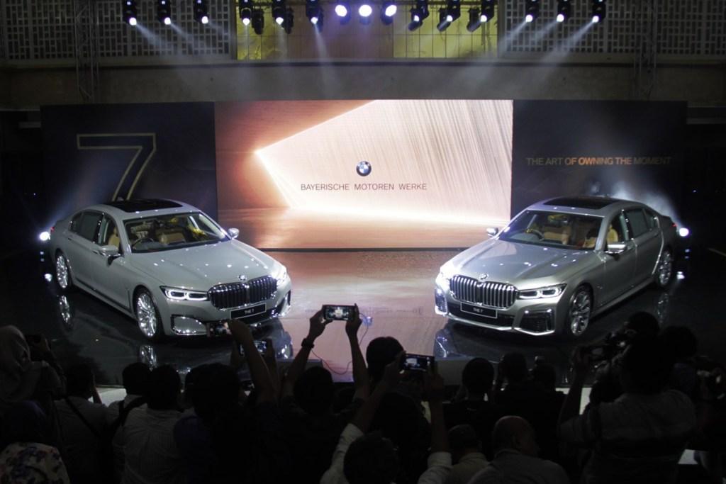 Beli BMW Secara Online, Gratis Perpanjangan Garansi dan Bensin