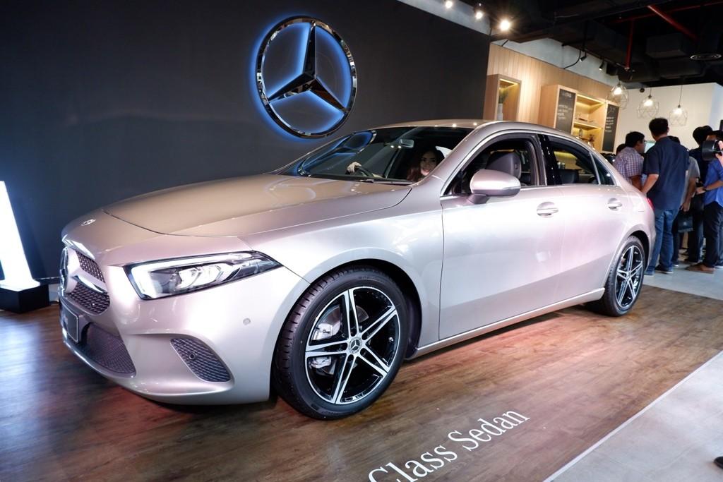 Pemikiran Lama Soal MPV, Saatnya Pakai Mercedes A-Class Sedan