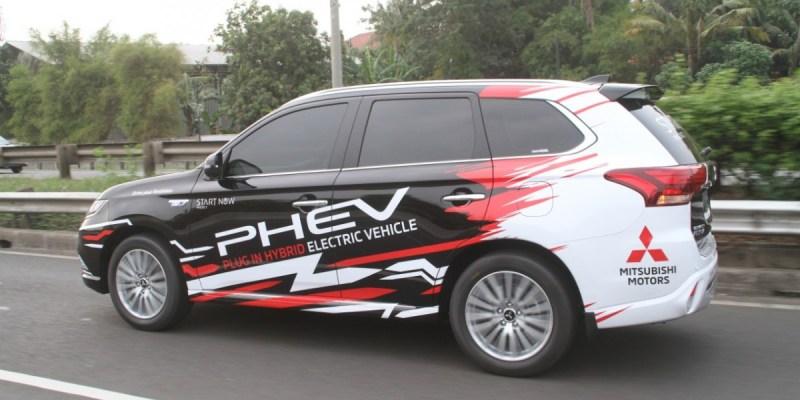 Mitsubishi Ikut Dorong Pengembangan Charging Station di Indonesia
