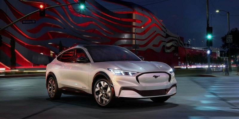 Ford Mustang Mach-E Resmi Diluncurkan