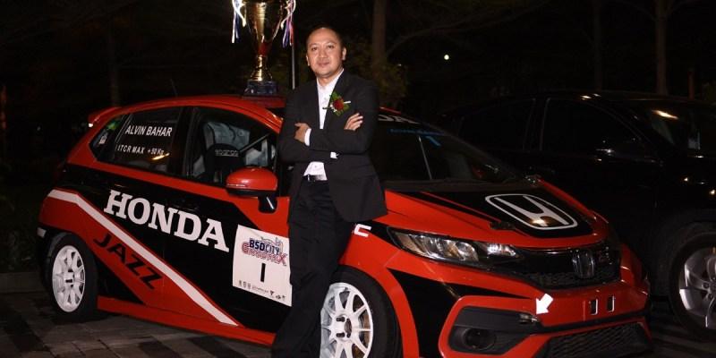 Alvin Bahar Sandang Juara Nasional Ajang ITCR 1600 Max