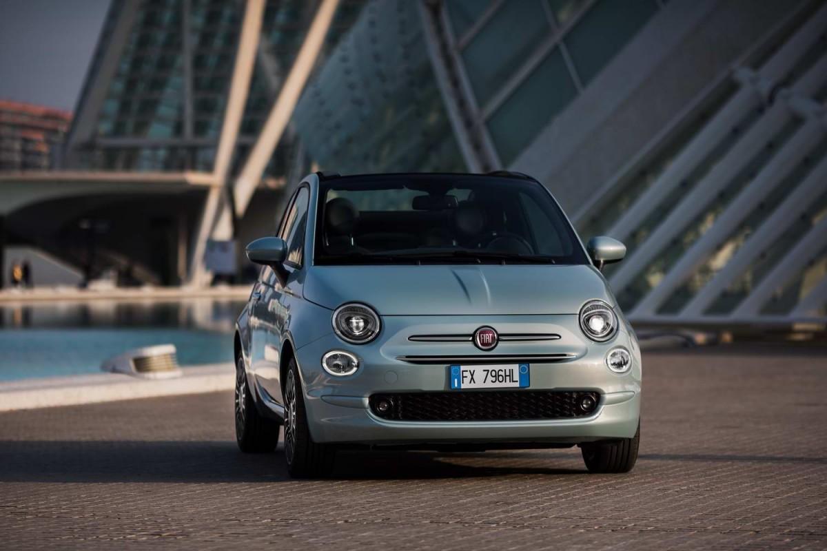 Siap Dirilis, Fiat 500 & Panda Jadi Mobil Listrik Pertama Fiat