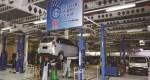 Layanan bengkel di salah satu outlet Daihatsu