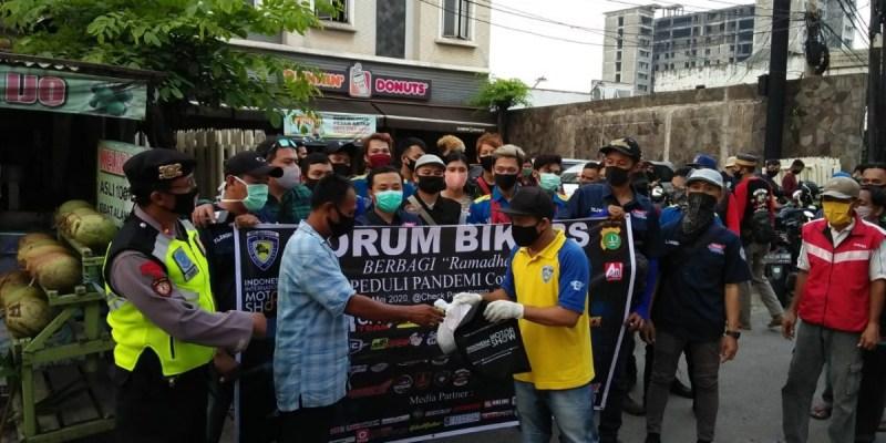 Aksi Sosial Forum Bikers Saat Pandemi Covid-19 di Bulan Ramadhan