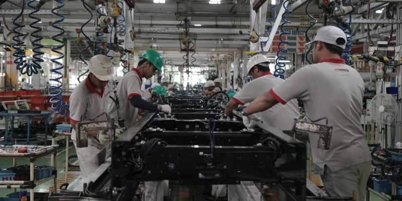 Hino Indonesia Untuk Sementara Stop Produksi