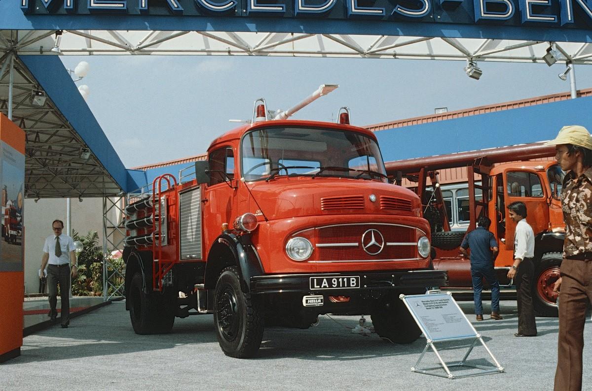 Tonggak Sejarah Kendaraan Niaga Mercedes-Benz Di Indonesia