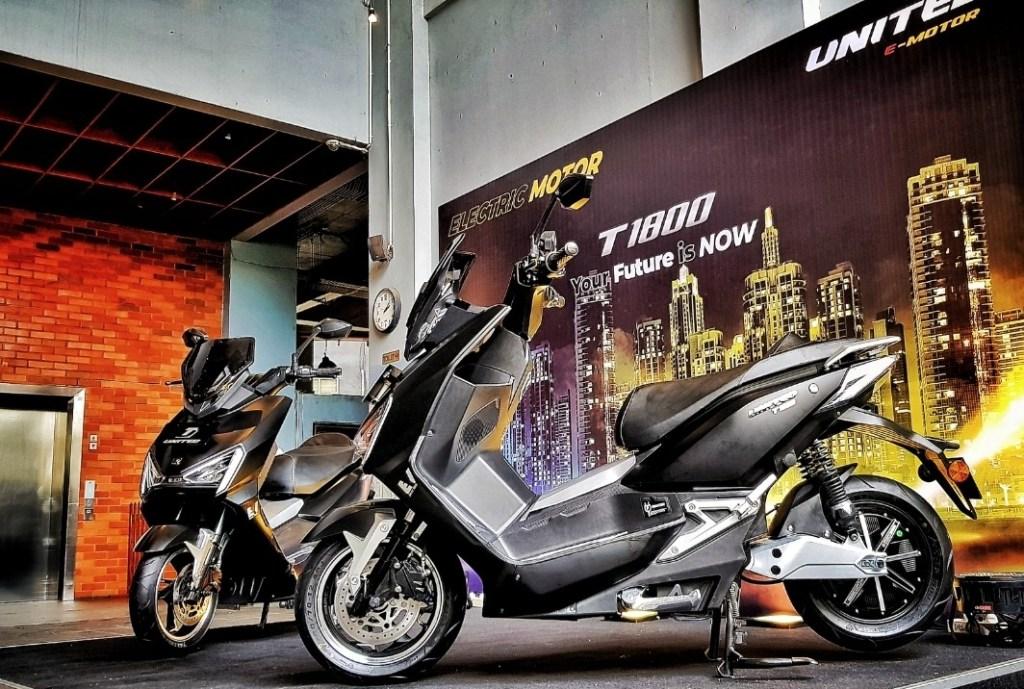 Usung Gaya futuristik, UNITED E-MOTOR T1800 Meluncur di Indonesia
