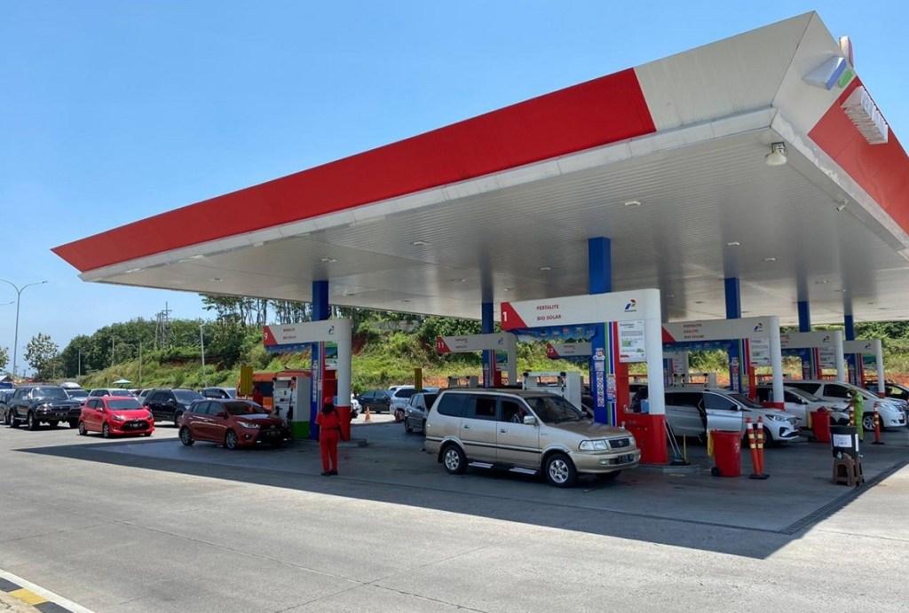 Pertamina Siapkan Layanan BBM Tambahan di tol Trans Jawa