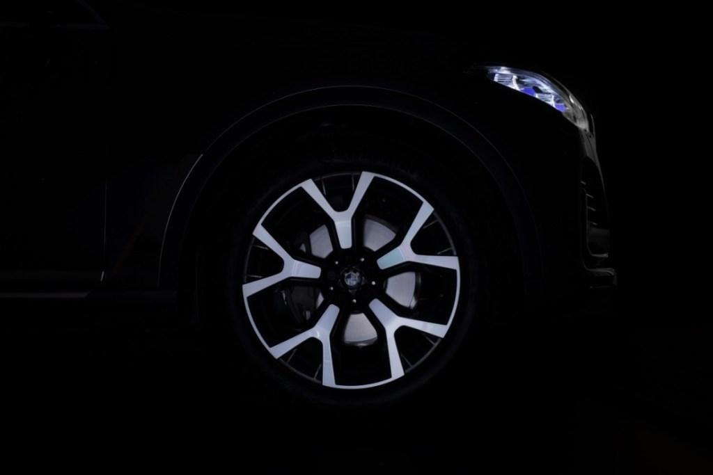 BMW dan MINI Berhasil Menjual 2.565 unit Secara Global