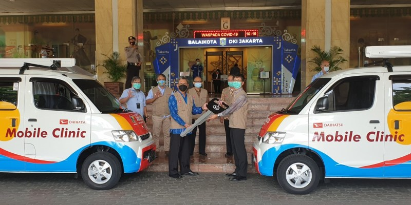 Daihatsu Donasikan 2 Mobil Gran Max Klinik ke Pemprov DKI Jakarta