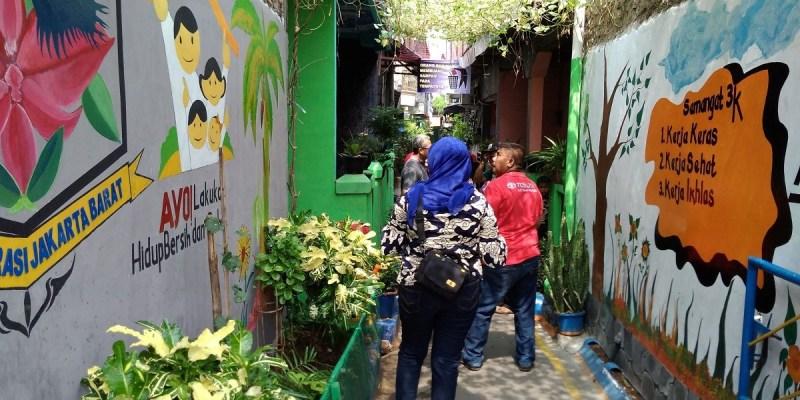 Auto2000 Kembangkan Kampung Berseri Astra di Cengkareng