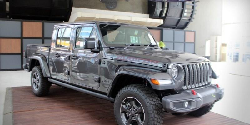 Inilah Fitur Terbaru Jeep Rubicon Dan Gladiator Untuk Pasar Indonesia