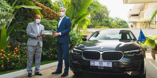 BMW Group Indonesia Serahkan BMW 530e iPerformance Untuk Delegasi Uni Eropa