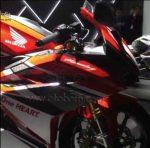 Honda CBR250RR Racing Red Depan kanan