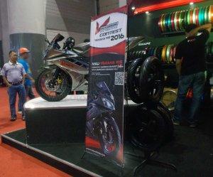 Kontes Yamaha R15 V-Rossi