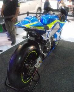 suzuki gsxr motogp aleix espargaro belakang
