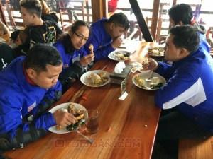 makan dam turing ciwidey