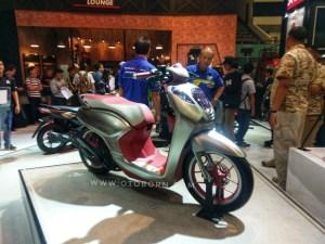 Honda Genio Scoopy 14 Inci