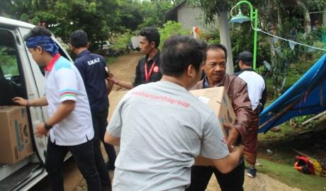 Yayasan Wahana Artha Ikut Membantu Berikan Bantuan Untuk Sedikit Meringankan Korban Bencana Tsunami Selat Sunda