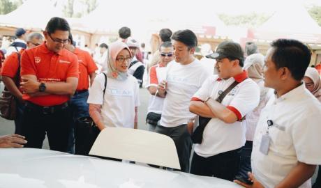 Nissan Pamerkan Kendaraan Bermotor Listrik Jagoannya di Monas