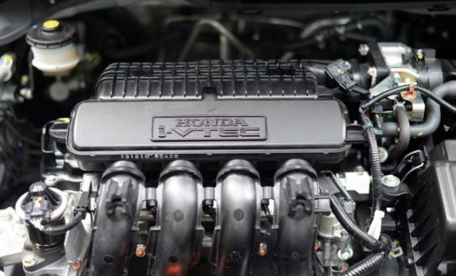 Kelebihan dan Kekurangan Honda Mobilio Lengkap