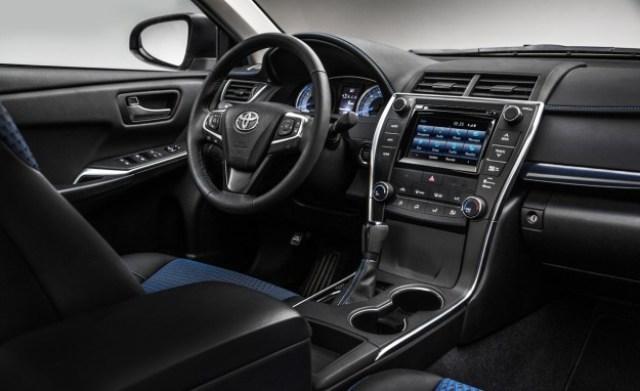 Kelebihan dan Kelemahan Toyota Camry