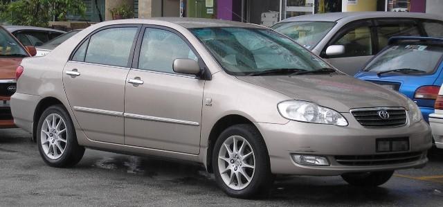 Kelebihan dan Kekurangan Sedan Corolla Altis 2nd Gen