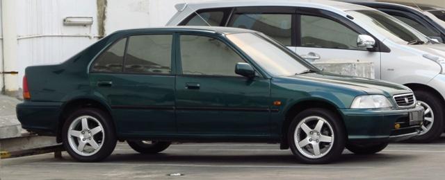 Kelebihan dan Kekurangan Sedan Honda City 1.3 EX dan 1.5 EXi