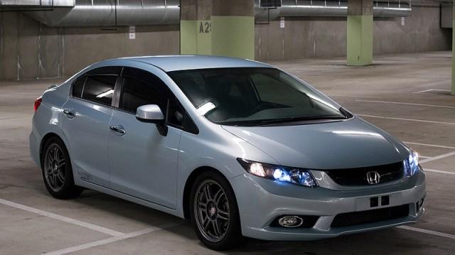 Kelebihan dan Kekurangan Sedan Honda Civic FB2