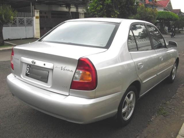 Kelebihan dan Kekurangan Sedan Hyundai Accent Verna